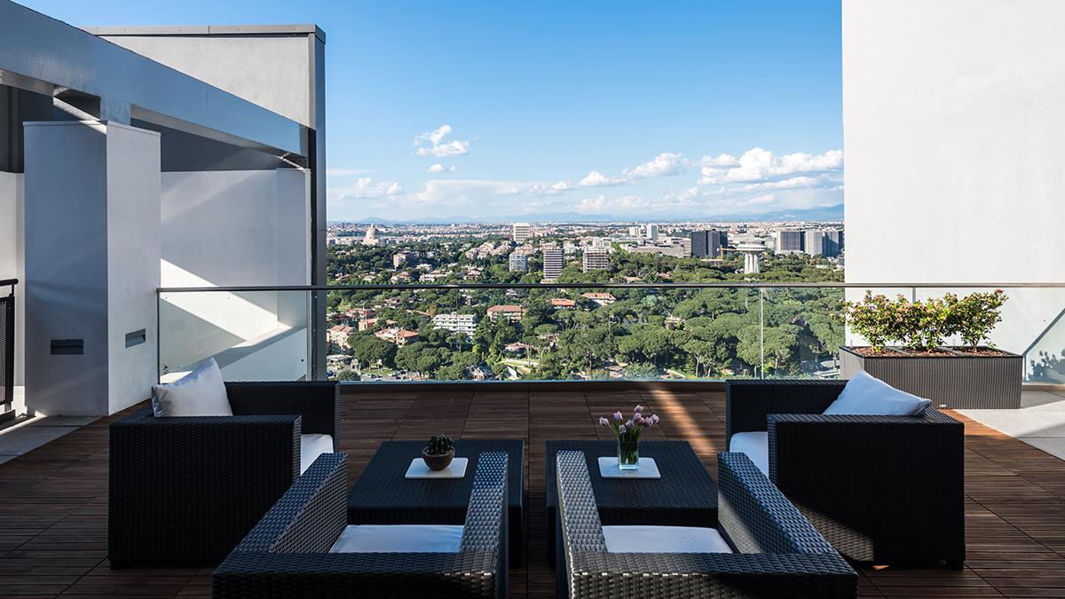 Scopri lo stile di vita eurosky eurosky for Piani di casa di 10000 piedi quadrati